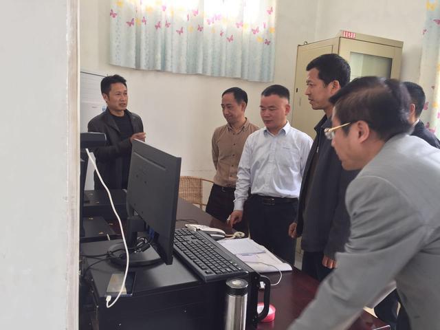 张平副市长到集团公司二水厂调研供水保障工作